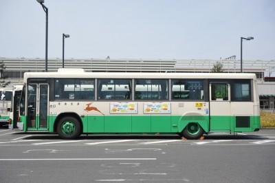 側面からみたいすゞLVキュービックバス