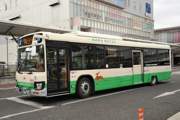 2020年1月に導入された一般路線バス(いすゞエルガ・奈良200か12-08)